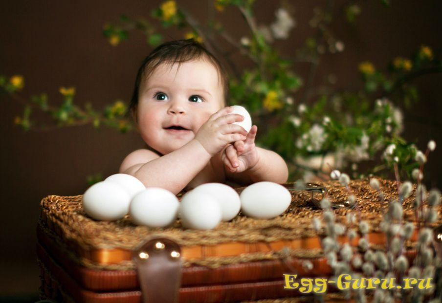 с какого возраста малышу можно яйцо всмятку