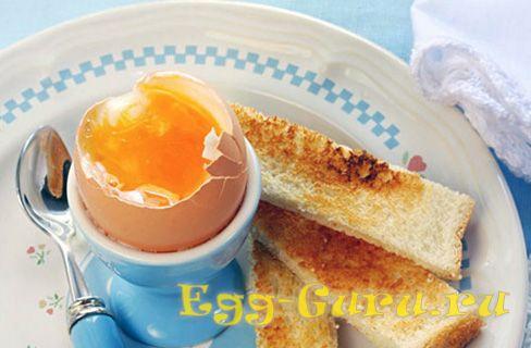 Сколько варятся яйца всмятку