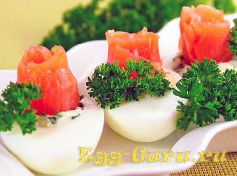Яйца с семгой