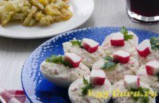 Рецепт фаршированных яиц с крабовыми палочками