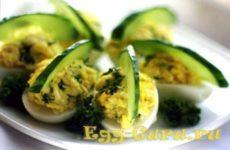 Фаршированные яйца с чесноком — рецепт
