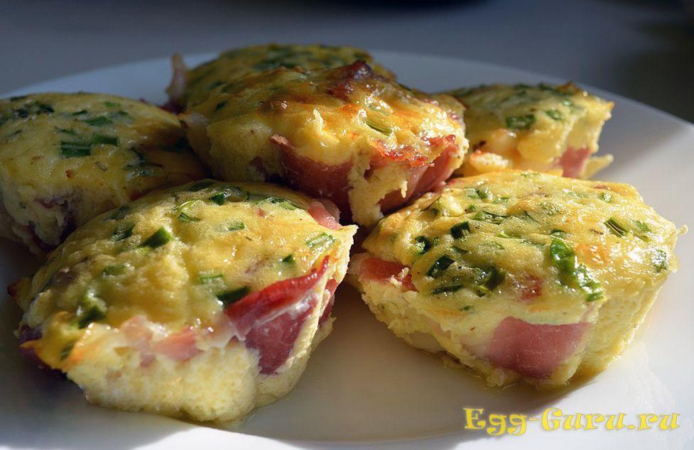 Яйца, запеченные в силиконовых формочках в духовке