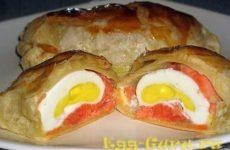 Запеченные в духовке яйца в тесте