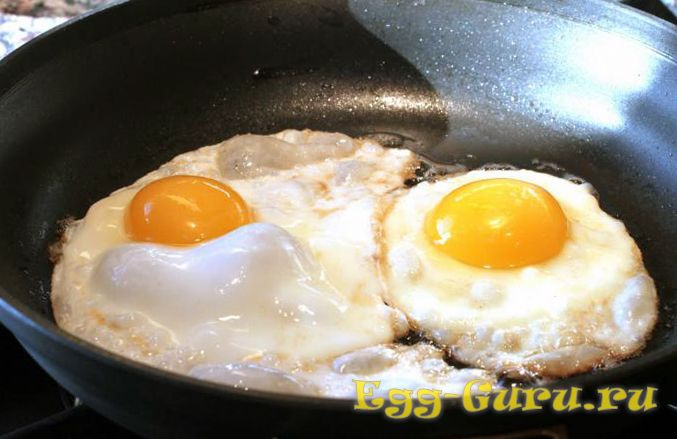 Жарка яиц