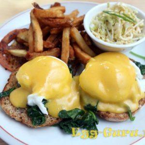 Яйца Бенедикт: рецепт от Гордона Рамзи