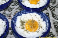 Яичница в духовке рецепт с фото