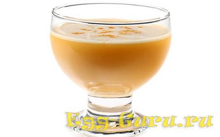 Яичный коктейль с ромом