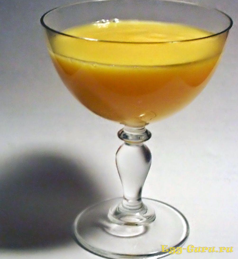 Яичный алкогольный коктейль